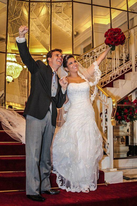Atendimento de foto e vídeo de casamento e evento como debutates e aniversário  para todo o território nacional condições especias dividimos os no valores cartão de credito ou cheques.